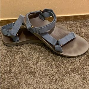 Baby blue/gold Teva sandals